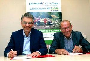 Jeroen Kremer (links) , directeur Oost Nederland namens HCC en Hans Damveld, voorzitter HMO
